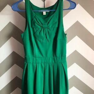 Lauren Conrad bow dress size 2